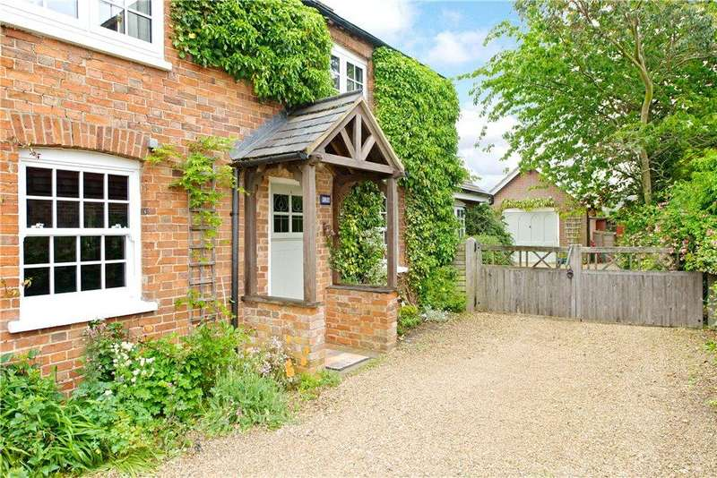 4 Bedrooms Detached House for sale in High Street North, Stewkley, Leighton Buzzard, Buckinghamshire