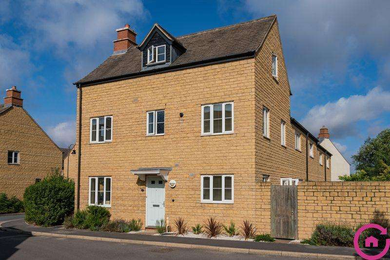 4 Bedrooms End Of Terrace House for sale in Collyberry Road, Cheltenham