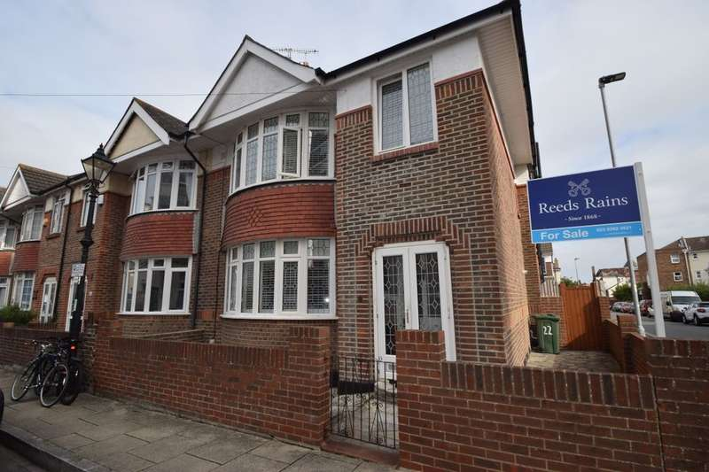 4 Bedrooms Semi Detached House for sale in Clarence Road, Southsea, PO5