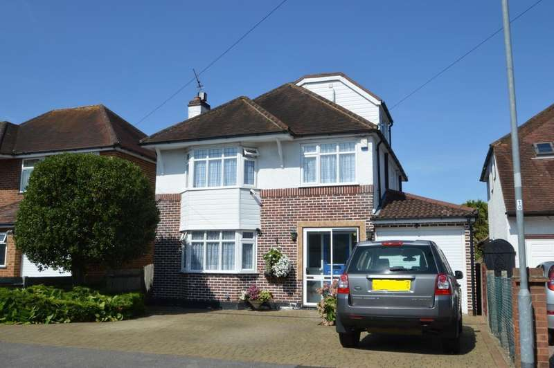 4 Bedrooms Detached House for sale in Buckland Avenue, Langley, SL3