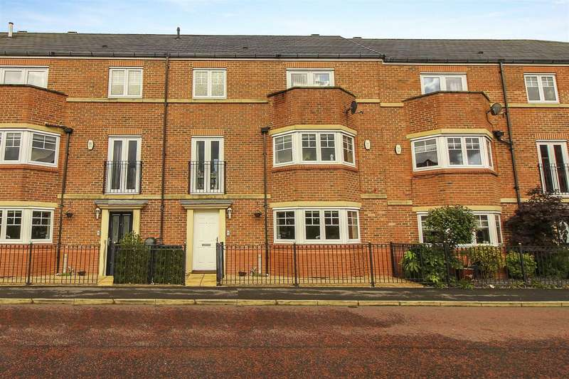 5 Bedrooms Terraced House for sale in Featherstone Grove, Great Park, Gosforth