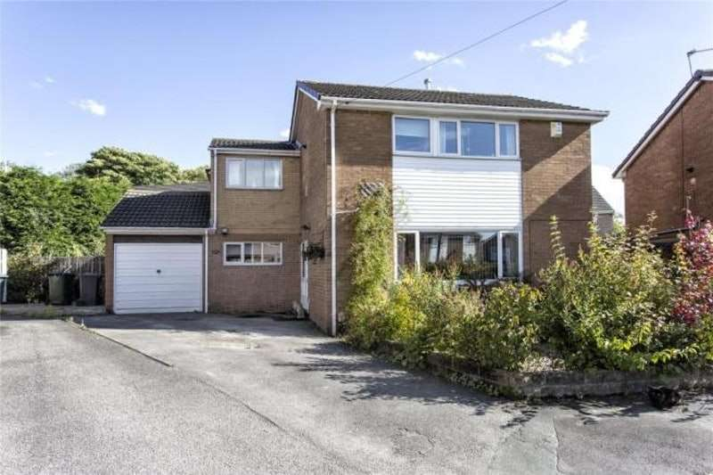 4 Bedrooms Detached House for sale in Holmdene Drive, Mirfield, West Yorkshire, WF14
