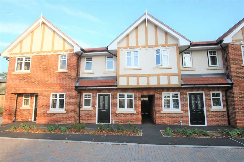 2 Bedrooms Terraced House for sale in Westminster Mews, Bath Road, Padworth, Reading, RG7