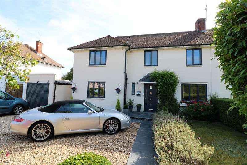 3 Bedrooms Semi Detached House for sale in Church End Lane, Tilehurst, Reading