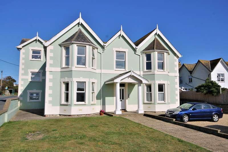 2 Bedrooms Flat for sale in Freshwater Bay, Isle of Wight