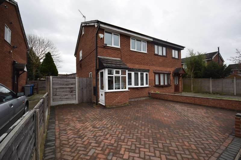 3 Bedrooms Semi Detached House for sale in Drake Road, Altrincham, Greater Manchester, WA14