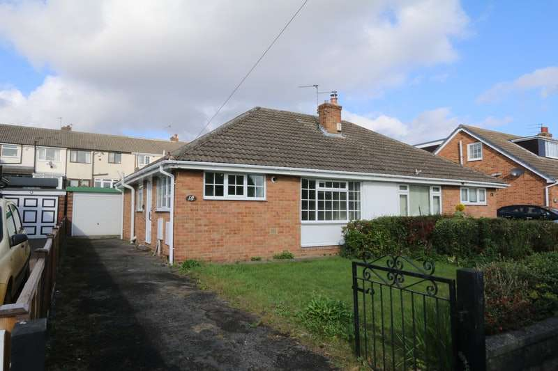 2 Bedrooms Bungalow for sale in St. Marys Avenue, Altofts, Normanton, West Yorkshire, WF6