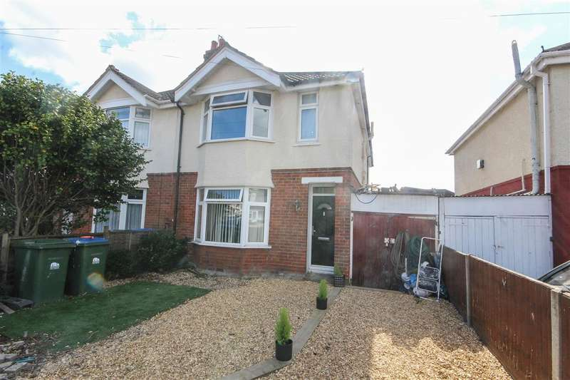 4 Bedrooms Semi Detached House for sale in Lancaster Road, Southampton