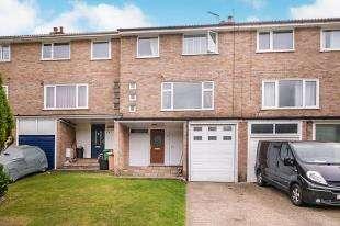 3 Bedrooms Terraced House for sale in Flamborough Close, Biggin Hill, Westerham, Kent