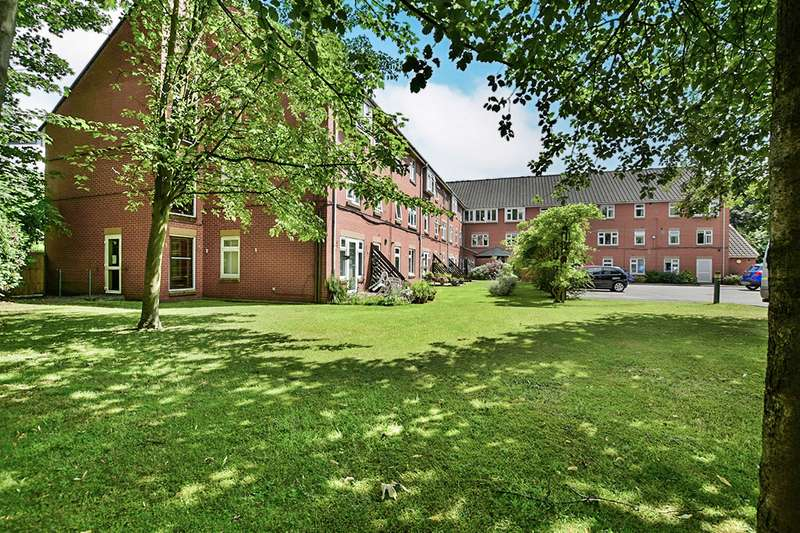 1 Bedroom Apartment Flat for sale in Guardian Court, Oakfield, Sale, Greater Manchester, M33