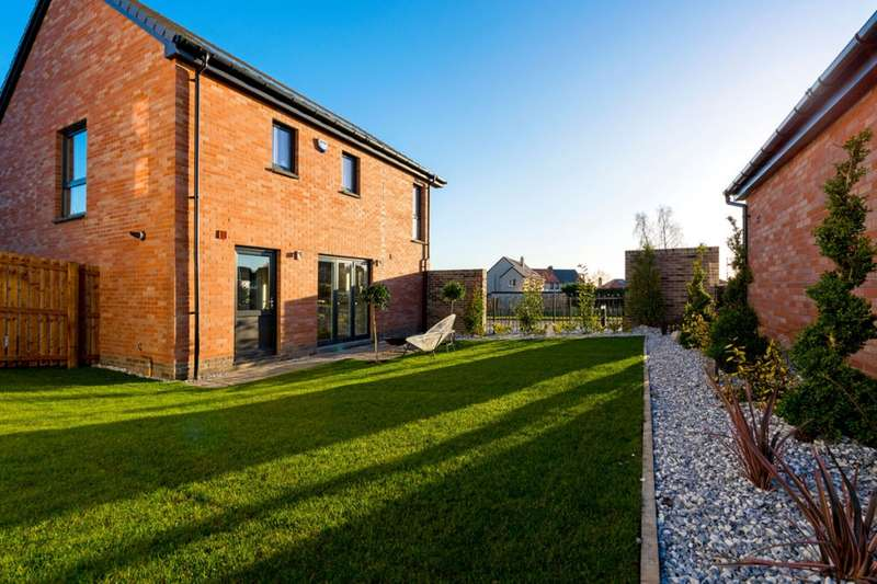 4 Bedrooms Detached House for sale in The Hepburn Devongrange, Sauchie, Alloa, Clackmannanshire, FK10