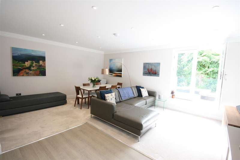 2 Bedrooms Apartment Flat for sale in Bridge Road, East Molesey