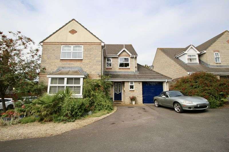4 Bedrooms Property for sale in Mellanby Close, Street