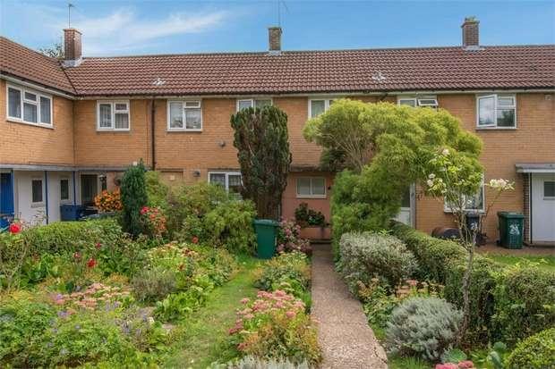 3 Bedrooms Terraced House for sale in Aitken Road, Barnet, Hertfordshire