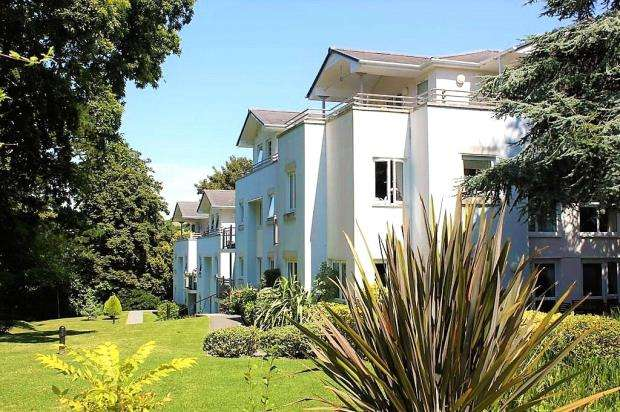 2 Bedrooms Apartment Flat for sale in Station Road, Plympton, Plymouth, Devon