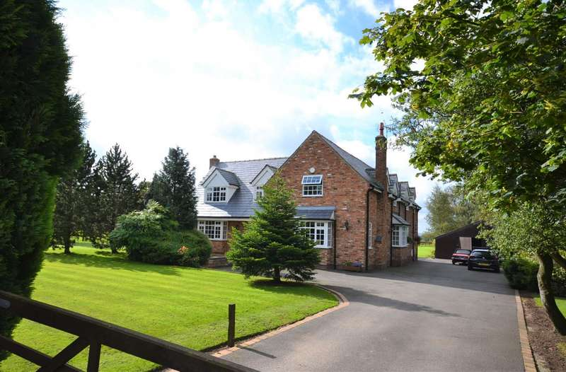 5 Bedrooms Detached House for sale in Gawsworth, Macclesfield