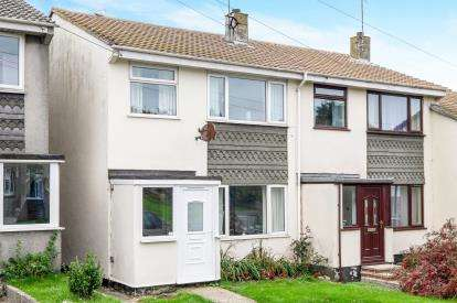 3 Bedrooms Semi Detached House for sale in Porthleven, Helston, Cornwall