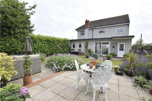4 Bedrooms Detached House for sale in Stonehill, Hanham, BS15 3HP