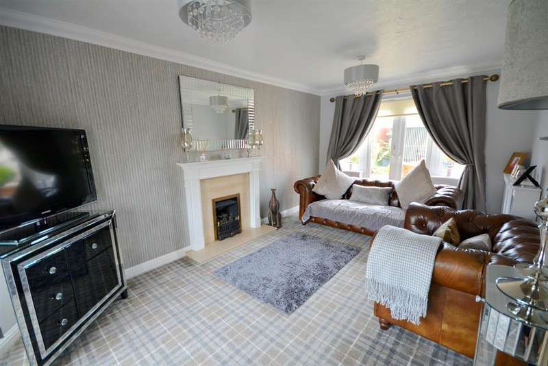 4 Bedrooms Detached House for sale in Karles Close, Newton Aycliffe, DL5 4XH