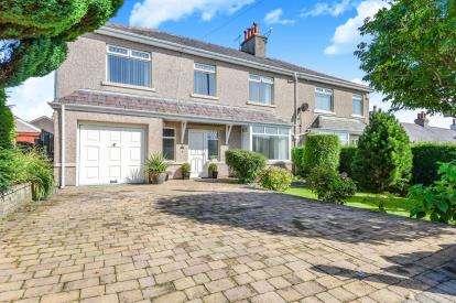 4 Bedrooms Semi Detached House for sale in Thorpe Avenue, Morecambe, Lancashire, United Kingdom, LA4