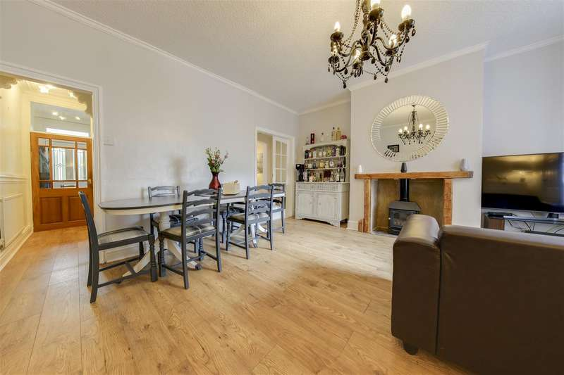 5 Bedrooms Terraced House for sale in Burnley Road, Crawshawbooth, Rossendale
