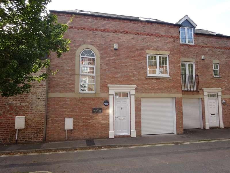 3 Bedrooms Semi Detached House for sale in Grosvenor Cottages, Grosvenor Road, York