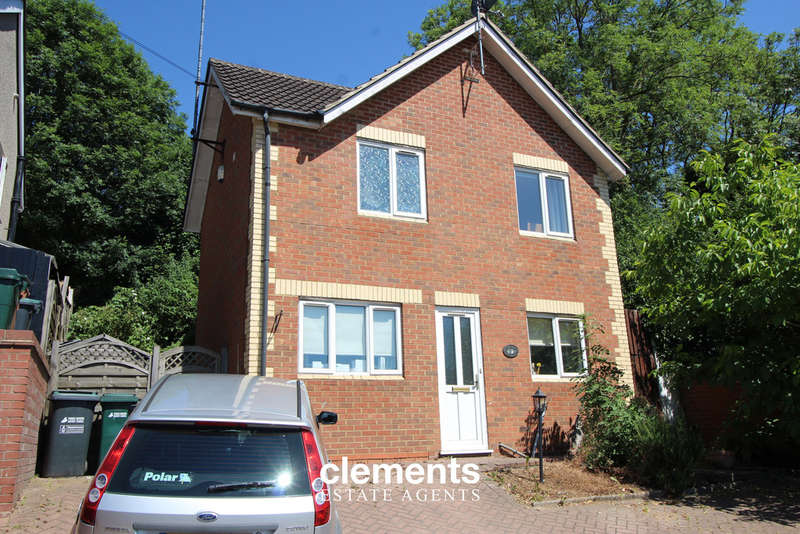 4 Bedrooms Detached House for sale in Kings Langley, HERTS