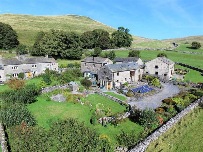 4 Bedrooms Barn Conversion Character Property for sale in West Barn, Malham