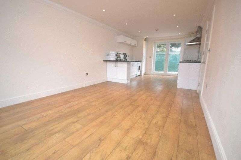 2 Bedrooms Property for sale in Orts Road, Reading