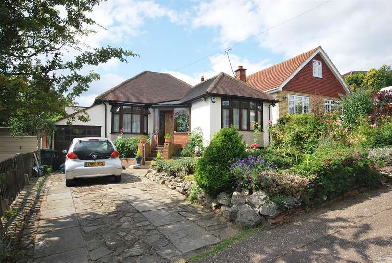 2 Bedrooms Bungalow for sale in Ormonde Rise, Buckhurst Hill
