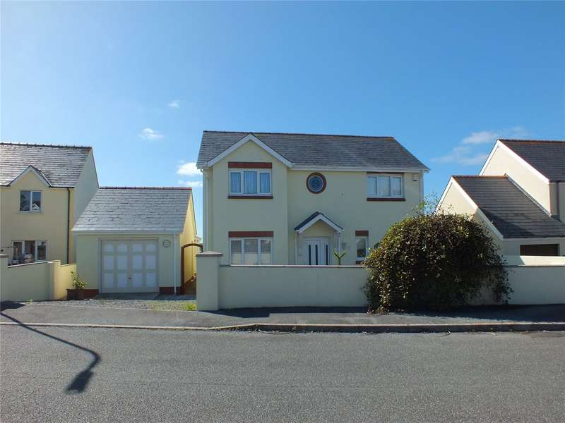 4 Bedrooms Detached House for sale in Drift Away, Fort Rise, Hakin, Milford Haven