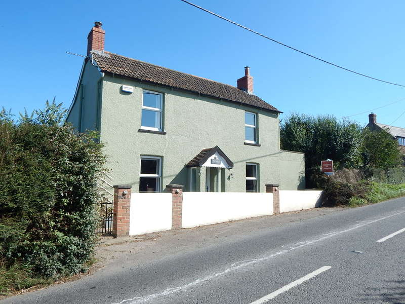 4 Bedrooms Detached House for sale in Cary Hill, Castle Cary