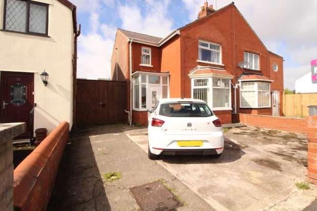 Semi Detached House for sale in Sherwood Avenue, Blackpool, Lancashire, FY3 7HT