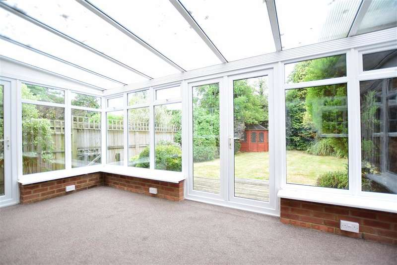 4 Bedrooms Detached House for sale in School Road, , Saltwood, Hythe, Kent