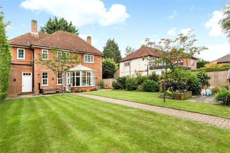 4 Bedrooms Detached House for sale in Bath Road, Littlewick Green, Maidenhead, Berkshire, SL6