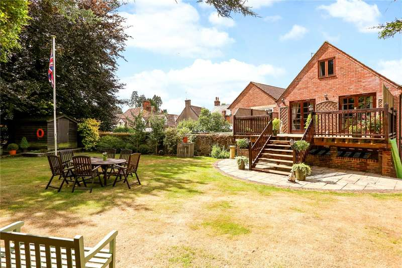 4 Bedrooms Flat for sale in The Square, Liphook, Hampshire, GU30