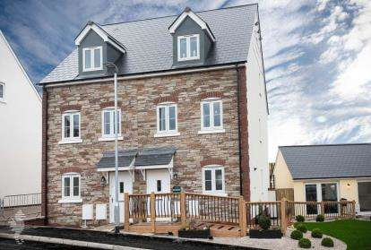 3 Bedrooms House for sale in Off Gilbert Road, Bodmin, Cornwall