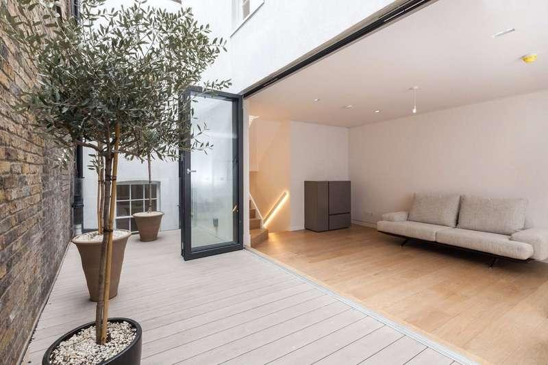 3 Bedrooms House for sale in Greek Street, London, W1D