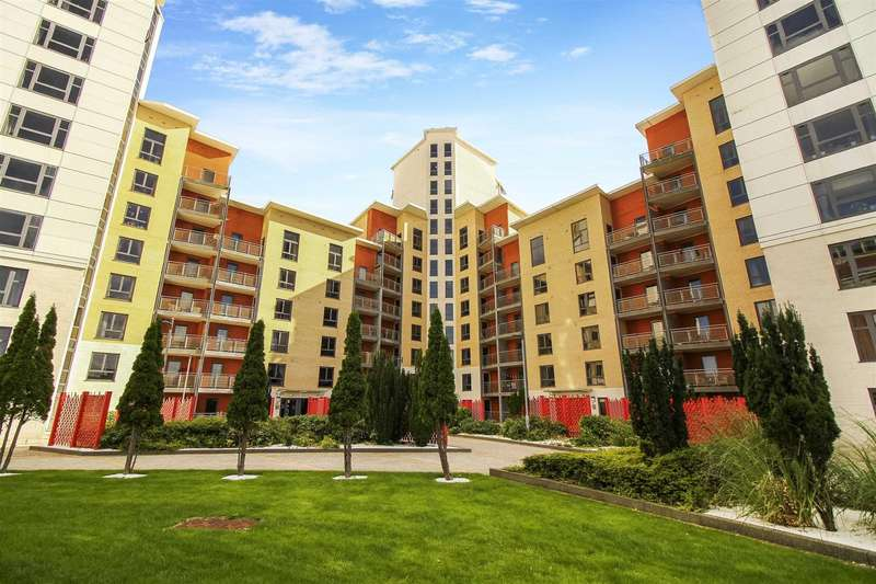 3 Bedrooms Flat for sale in Baltic Quay, Quayside
