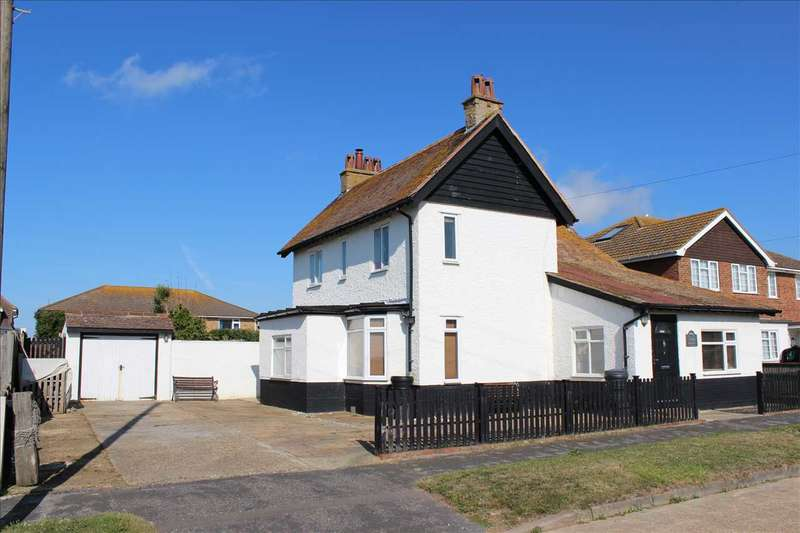 5 Bedrooms Detached House for sale in Capel Avenue, Peacehaven