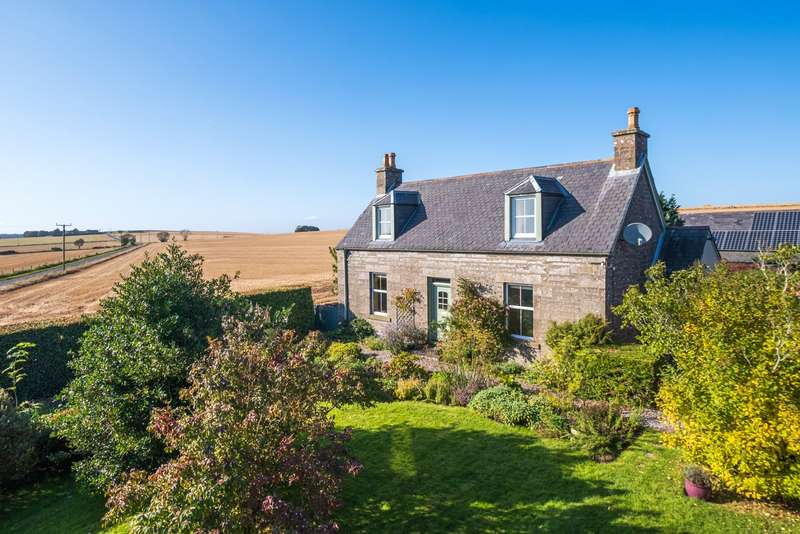 3 Bedrooms Detached House for sale in Forehills Farmhouse, Carmyllie, By Arbroath, Angus, DD11