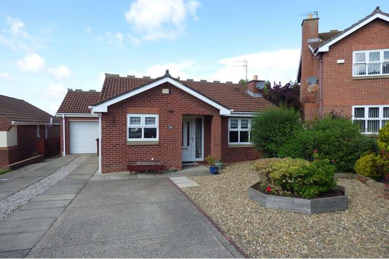 2 Bedrooms Bungalow for sale in Dunstanburgh Close, Bedlington, Northumberland, NE22 6NA