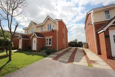 2 Bedrooms House for rent in The Meadows, Riccall