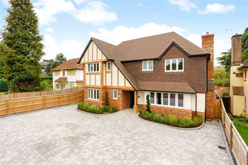 4 Bedrooms Detached House for sale in Homefield Road, Warlingham, Surrey, CR6