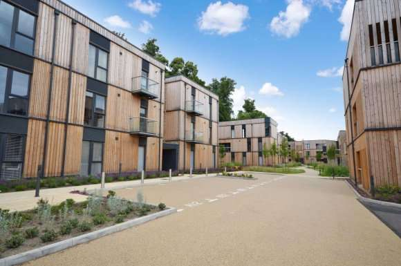 2 Bedrooms Apartment Flat for rent in Clock House Gardens, Welwyn