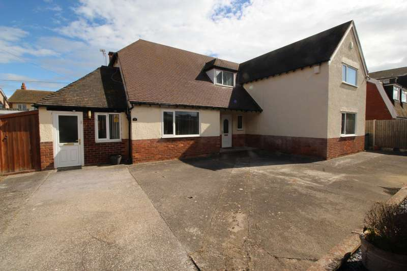 4 Bedrooms Detached House for sale in Grosvenor Road, Rhyl, Denbighshire, LL18