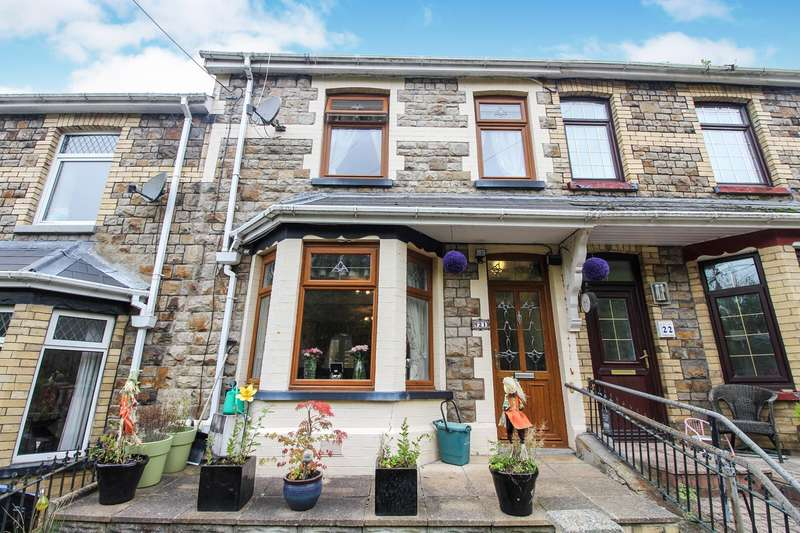 3 Bedrooms Terraced House for sale in Cendl Terrace, Cwm, Ebbw Vale, NP23
