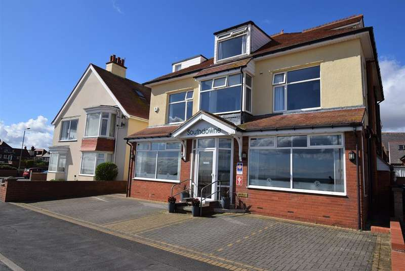 9 Bedrooms Detached House for sale in South Marine Drive, Bridlington, YO15 3NS