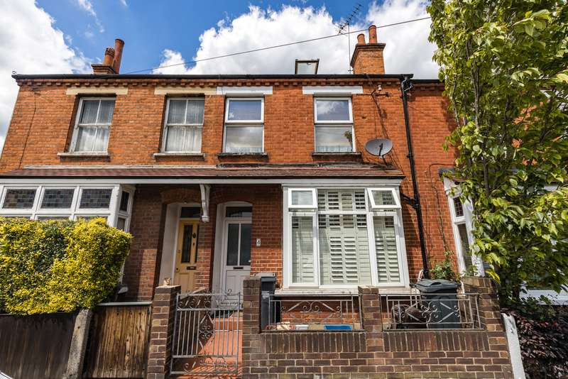 6 Bedrooms Terraced House for sale in York Road, Brentford TW8