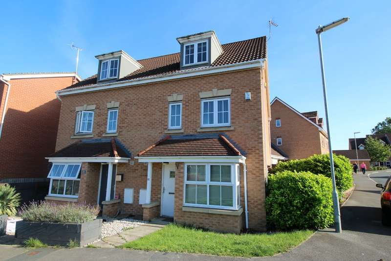 4 Bedrooms Semi Detached House for sale in Manor Park Road, Cleckheaton, West Yorkshire, BD19